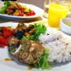 新鮮野菜も買える「セゾン・デリカフェ」