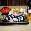 お酒のあてにも!「百寿司」のサラダ巻き定食