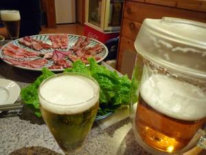 ③飛騨牛よくばりセットとビール